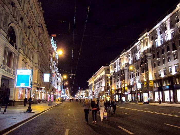 что посмотреть на улицах москвы том, что касается